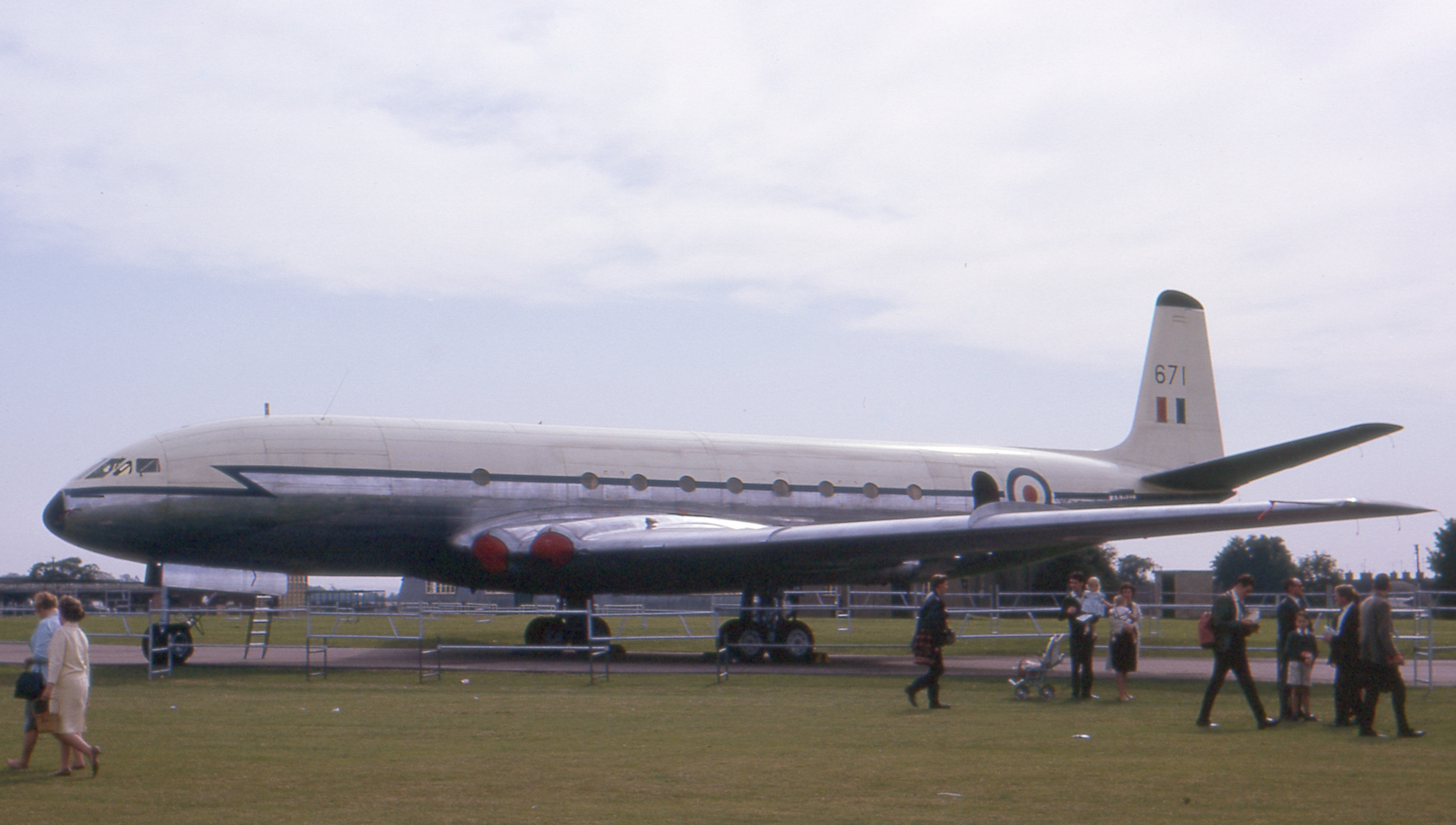 De_Havilland_Comet_CMk.2